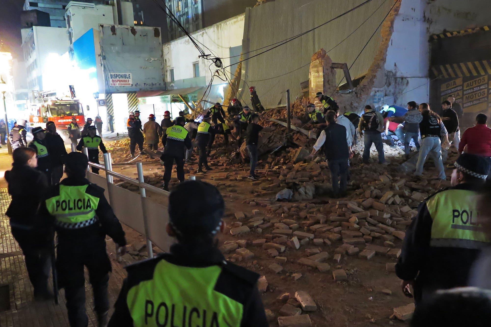 Resultado de imagen para derrumbe en tucuman cine