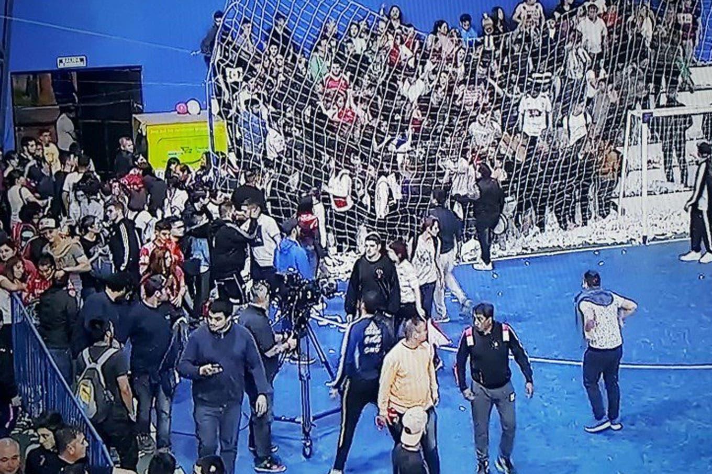 Los videos de la violencia barrabrava de San Lorenzo y Huracán en la final de Futsal: qué dijeron las futbolistas