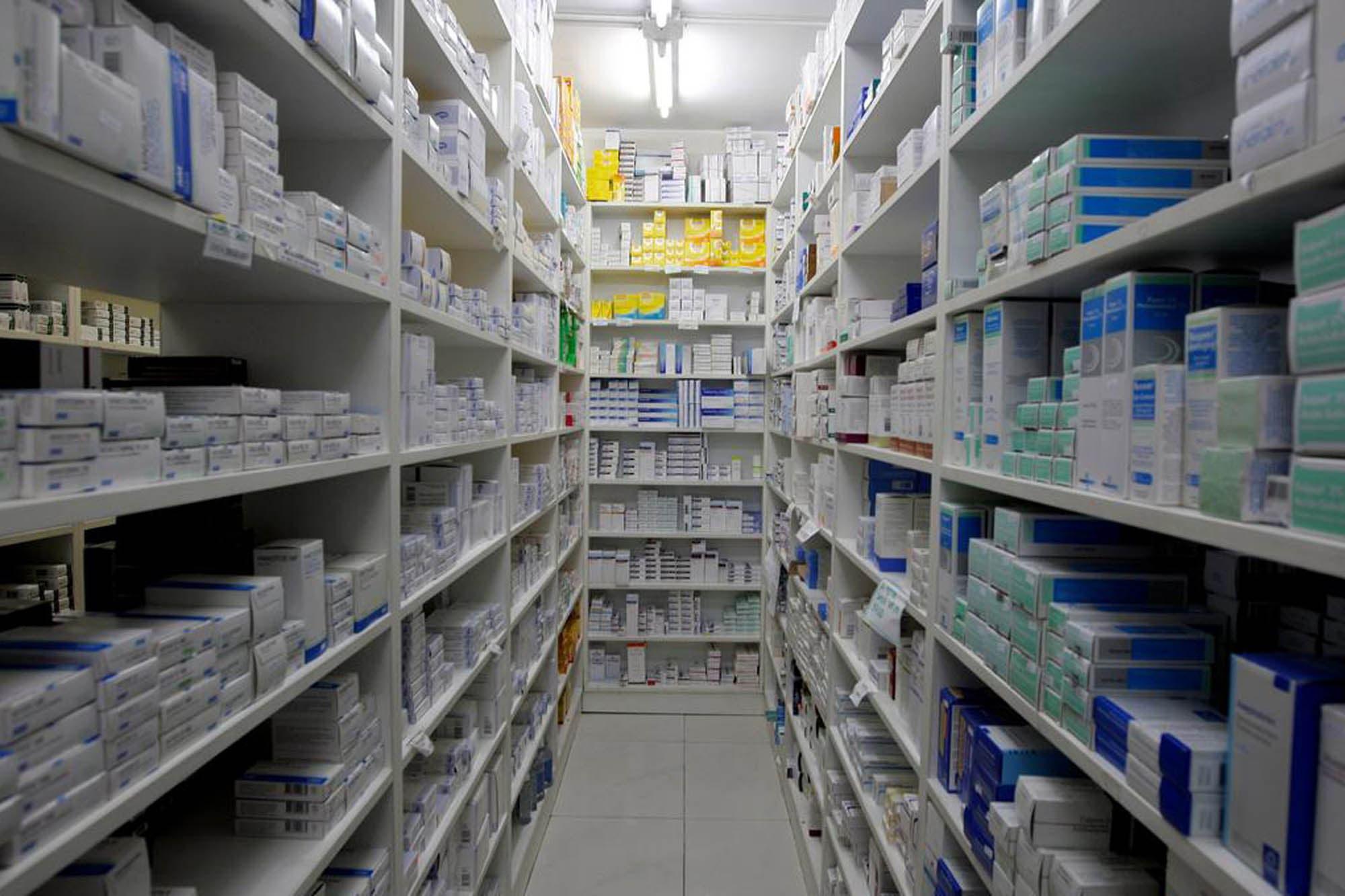 El Gobierno quiere cerrar esta semana el acuerdo para congelar el precio de los medicamentos