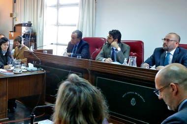 Díaz Gavier, primero desde la izquierda, fue uno de los dos magistrados que decidieron la absolución de Milani