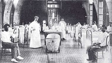 Sala de enfermos con peste bubónica en un sanatorio de Rosario, en 1900