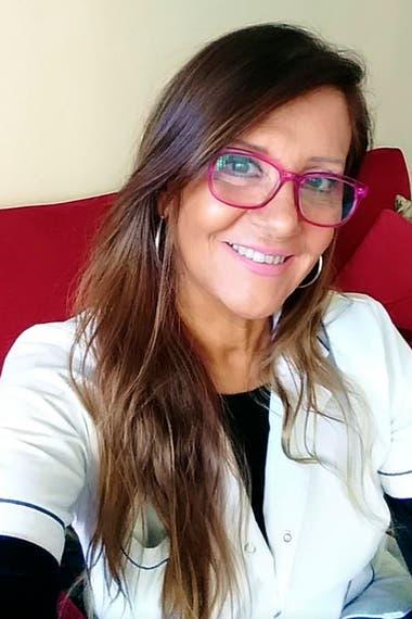 """Mafalda Martínez, médica cordobesa, trabaja hoy en la lucha contra el coronavirus. """"¿Y vos qué tomas para estar mejor?"""", recuerda la pregunta que en una ocasión Felipe le hace a Mafalda. """"Yo tomo distancia""""."""