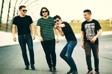 Corta pero contundente, la discografía de Arctic Monkeys ya se presta para el juego de ordenarla de peor a mejor