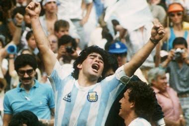 Un festejo histórico de Diego Maradona, en México 86, durante la final ante Alemania