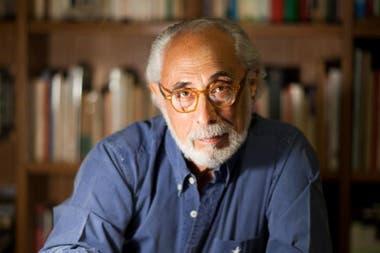 Ganó el VII Premio Internacional de Ensayo Pedro Henríquez Ureña