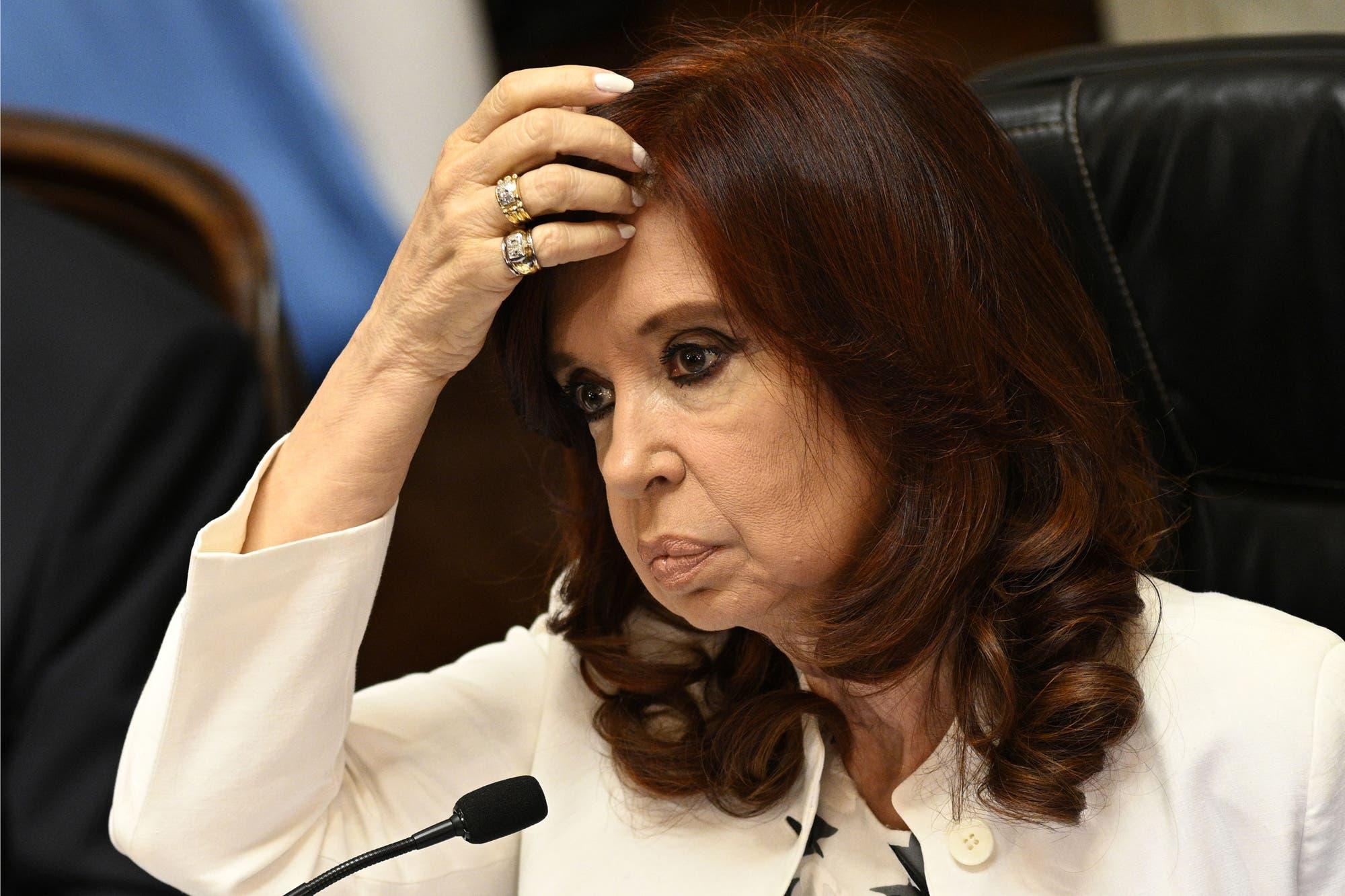 """Cristina Kirchner: """"De los tres poderes del Estado, solo uno no va a elecciones. Solo un Poder es perpetuo"""""""