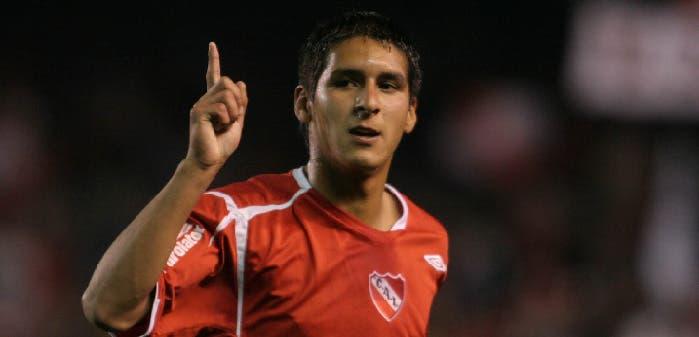 Ismael Sosa fue la gran figura de la noche: en los últimos tres minutos cambió el destino de Independiente, que le ganó a Chicago por 3 a 2. Foto: FotoBAIRES