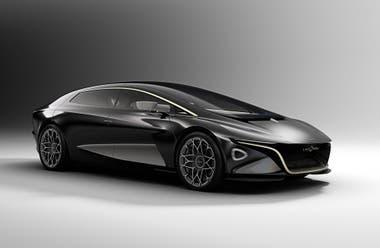 Aston Martin Lagonda. La firma inglesa no tuvo problema en romper con su clásica fisonomía, en función de la modularidad y el lujo