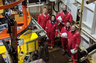 Estudiantes de la Universidad de Southampton y del Instituto Real de Tecnología de Estocolmo KTH durante la expedición