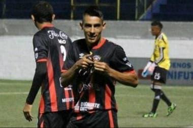 Leandro Figueroa, uno de los argentinos que se desempeña en el fútbol de Nicaragua: juega en Walter Ferretti