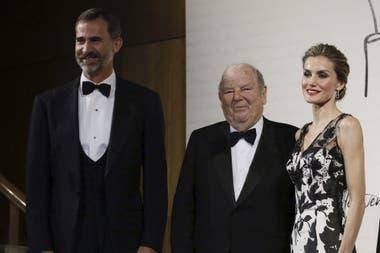 Bartolomé Mitre recibe la orden de mérito de España de manos de los reyes Felipe VI y Letizia (Madrid, 2014)