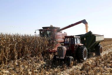 Cosechadoras y tractores requieren la inversión más alta por su costo