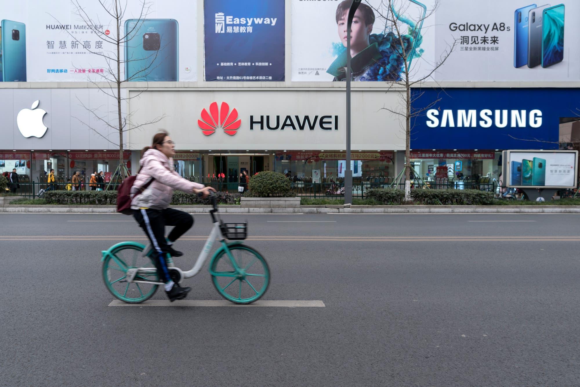 Huawei supera por primera vez a Samsung y se convierte en el mayor fabricante de móviles del mundo