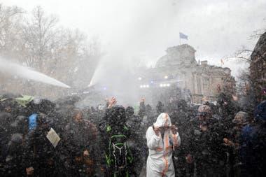 Los manifestantes fueron dispersados por la policía