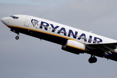 Ryanair acaba de realizar un pedido enorme de aviones 737 Max de Boeing, que recién están comenzando a volver a estar en servicio después de haber sido puestos en tierra a raíz de dos accidentes trágicos en 2018 y 2019.