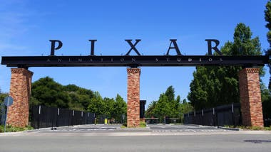 Pixar, el sue?o de Cati hecho realidad; una Visa de trabajo permanente le permitiría seguir trabajando allí
