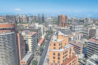 Cómo funciona el modelo chileno que vende los inmuebles en UF; la fórmula que aplicó Uruguay y las claves para que el mercado ?local deje de estar atado a la moneda estadounidense