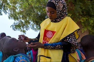 As campanhas internacionais de vacinação contra a poliomielite são uma das tarefas humanitárias mais reconhecidas do Rotary International