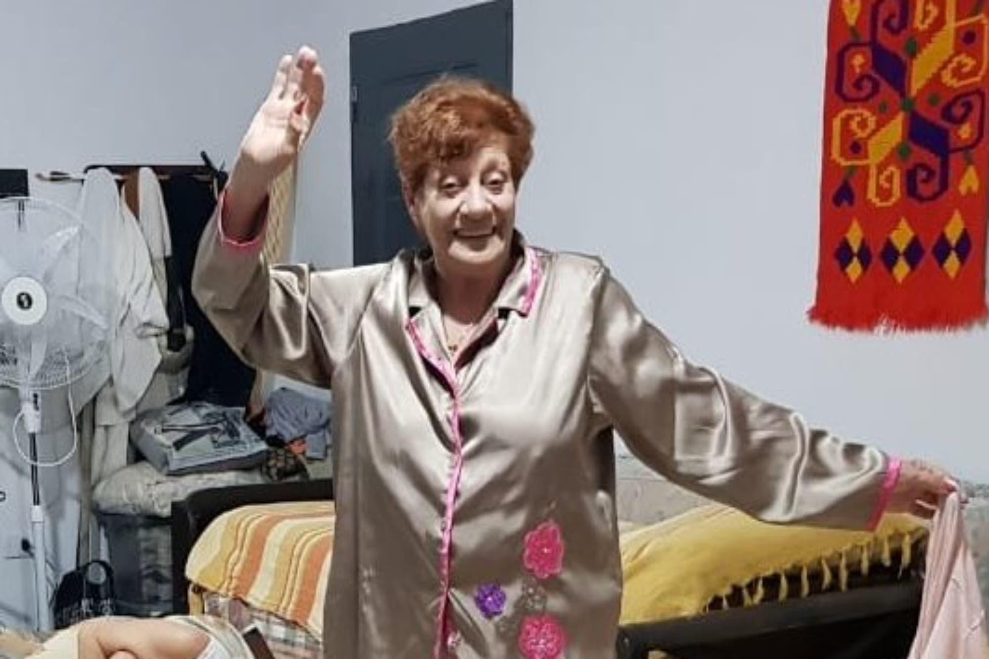 Abuelas Y Nietas Porn viral: seis abuelas hicieron un pijama party y festejaron