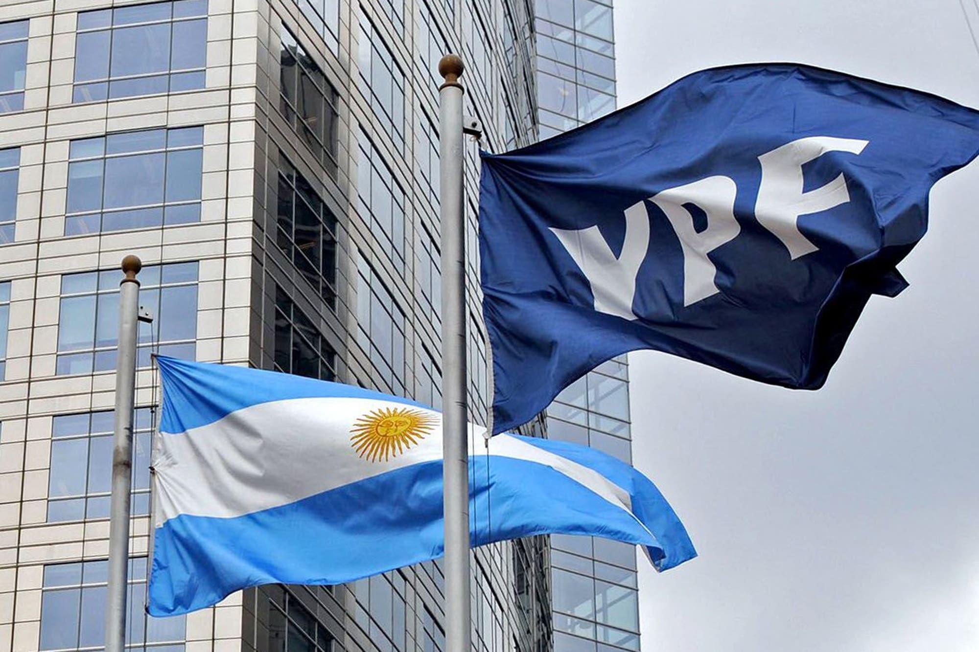 YPF: tras un mes de alta volatilidad mediática, cerró anoche el canje de su deuda y logró alejarse del default