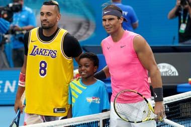 El último enfrentamiento entre ambos, cuando Nadal venció en cuatro sets en el Abierto de Australia 2020, sin incidentes entre ambos; Kyrgios, uno de los tenistas más polémicos del circuito, está 3-5 en el historial con Rafa.