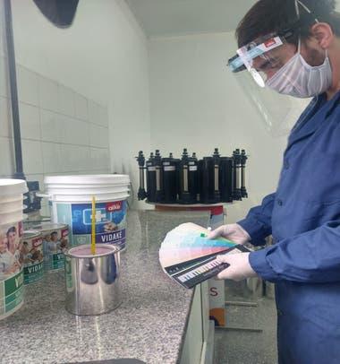 La pintura se utiliza para ambientes sensibles de alta contaminación microbiana como hospitales e industrias alimenticias