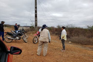 Habitantes de Santa Filomena en plena búsqueda del tesoro (Charles Araujo)