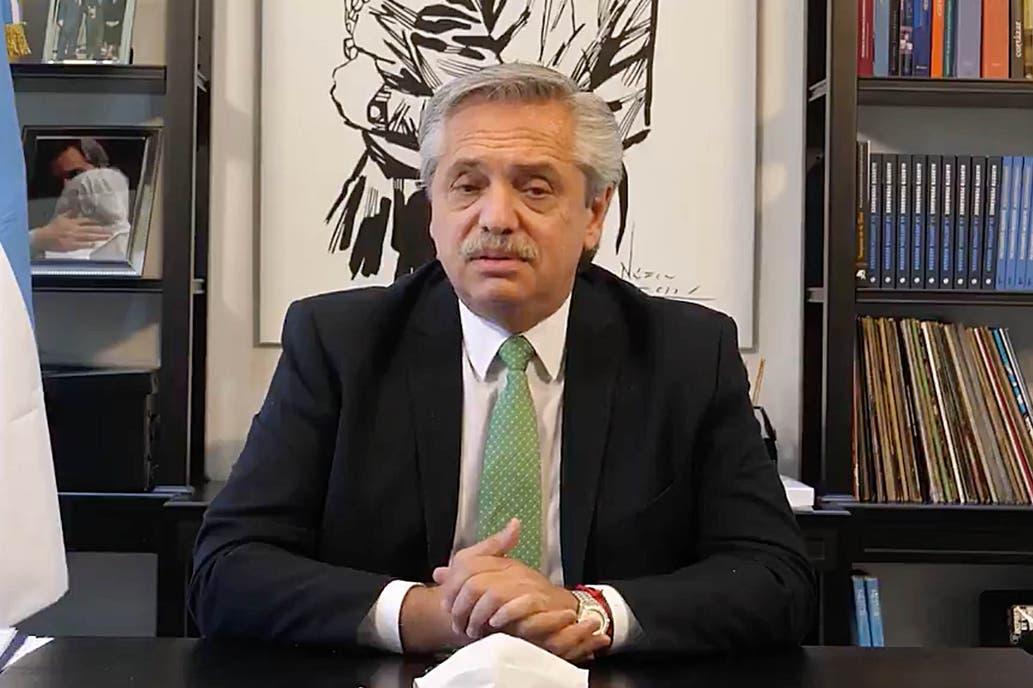 Alberto Fernández defendió el regreso a clases y apuntó contra Mauricio Macri