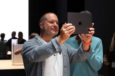248048ba884 Cambios en Apple. Por qué el diseñador del iPhone se fue de la ...