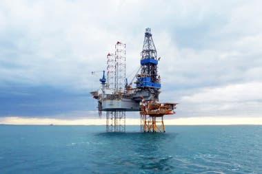 Hay dos petroleras internacionales que operarían en el país por primera vez