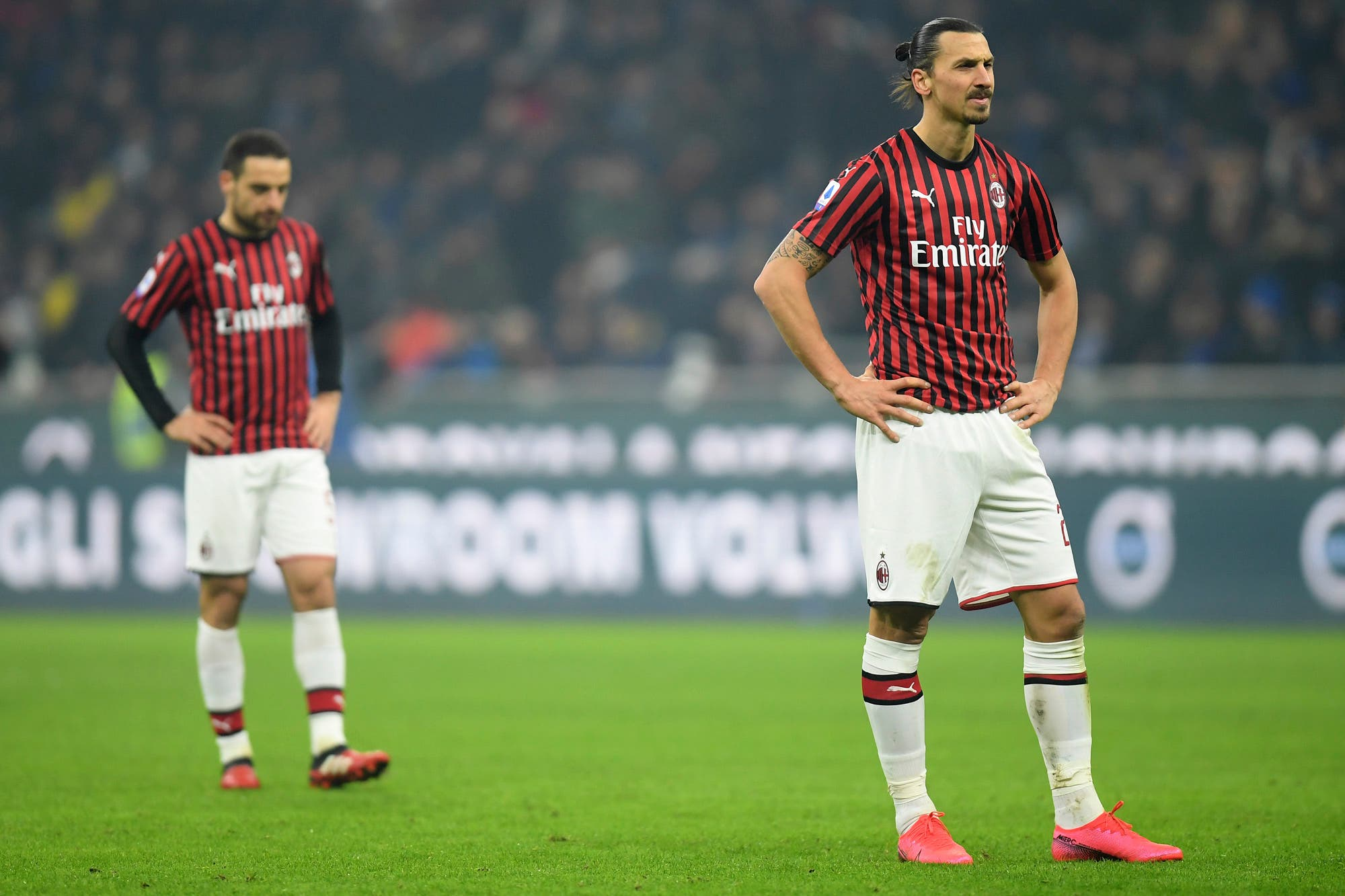 ¿Se termina la carrera de Zlatan Ibrahimovic? Preocupación en Italia por una lesión que podría marcar el final