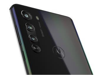 El Motorola Edge uan cmara principal de 64 megapixeles un zoom 2x de 8 megapixeles y un gran angular de 16 megapixeles que tambin sirve para fotos macro