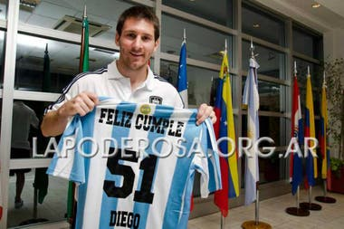 Lionel Messi también fue entrevistado por la revista La Garganta Poderosa en el año 2011