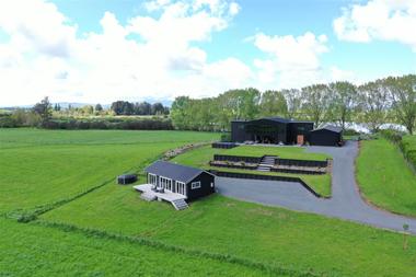 Las casa combina diseño industrial con ruralidad