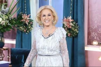 Mirtha Legrand reapareció con un vestido de gala y lo combinó con un elegante barbijo