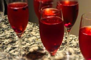Un aperitivo con vino blanco, el Kir