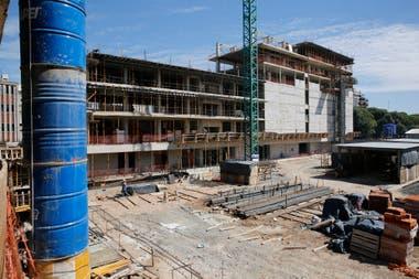 El sector de archivo, que no tendrá acceso al público será un edificio de 7 plantas con 36 espacios de almacenamiento