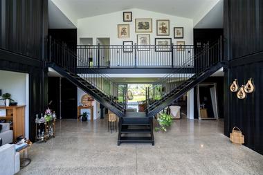 La escalera es doble