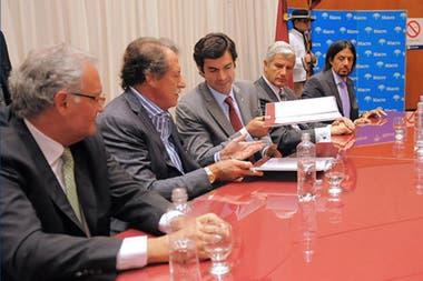 Jorge Brito con el exgobernador de Salta, Juan Manuel Urtubey