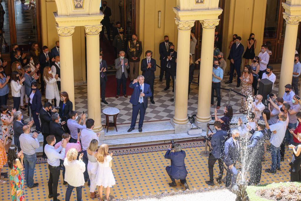 Alberto Fernández recibe al gabinete con un asado para consolidar el frente interno tras las críticas de Cristina Kirchner