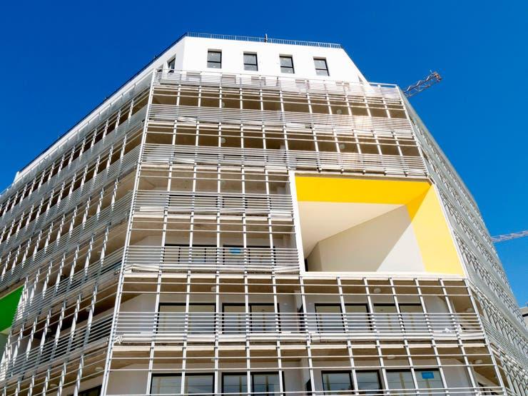 La fachada de uno de los edificios de la Villa Olímpica