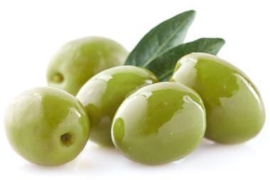 La superficie mundial se estima en 11,4 millones de hectáreas. La Argentina cuenta con unas 90.000, de las cuales el 30 por ciento se destina a producir aceitunas de mesa, el 50 a elaborar aceite de oliva y el 20 a implantaciones de doble propósito.
