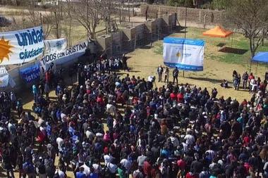 En Mendoza, el cristinismo se reunió para apoyar a la expresidenta