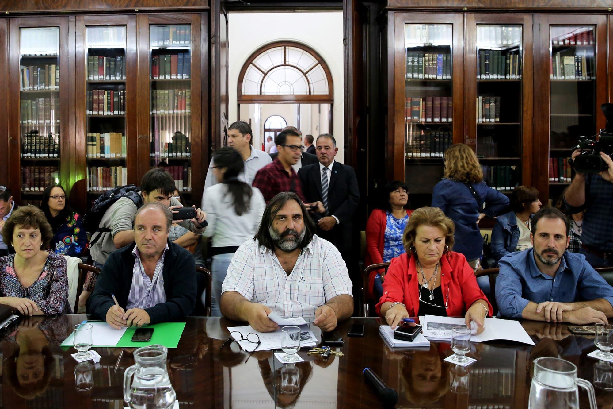 Vidal citó a los gremios docentes a una segunda rueda paritaria