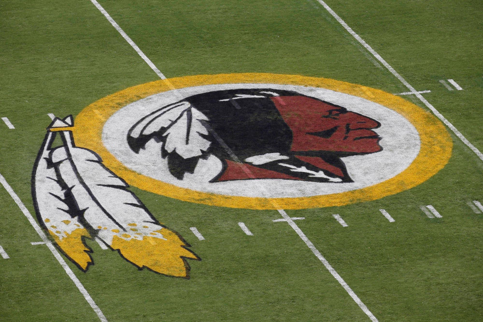 """NFL: piden cambiar el nombre de la franquicia Washington Redskins por considerarlo """"racista"""""""