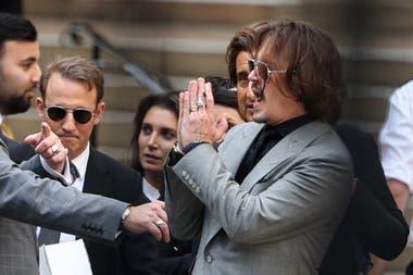Depp, en una de sus presentaciones en el juicio que se llevó en Londres