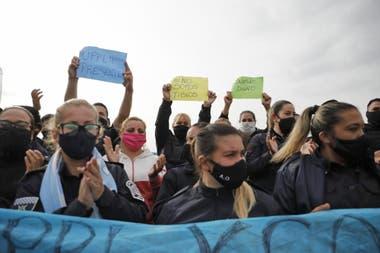 Sigue la protesta policial en puente 12, en el partido de La Matanza