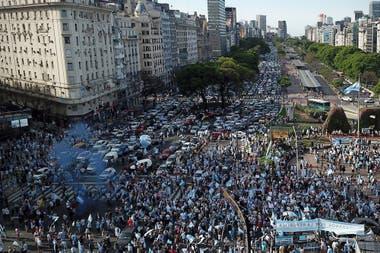 El Obelisco reunió a la mayor cantidad de manifestantes, y luego un grupo marchó a la Plaza de Mayo