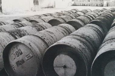 En la planta de Petroquímica Bermúdez se hallaron 1000 tanques de cloro gaseoso. Desaparecieron 850, de una tonelada cada uno