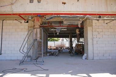 El edificio contará con paredes que soportan 900 grados de calor en caso de incendios; además tendrá puertas de hierro con cortafuego